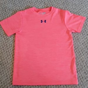 UNDER ARMOUR - LOOSE FIT T-SHIRT
